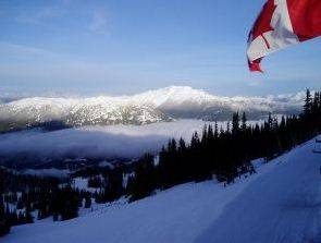 b2ap3_thumbnail_Canadian-Flag-and-Mountains_20130402-234435_1.JPG